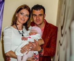 """Razvan Gabriel Trifan, fost concurent la """"MasterChef"""", si sotia lui AU MURIT IN URMA UNUI ACCIDENT DE MASINA! Fetita lor de un an SE ZBATE INTRE VIATA SI MOARTE"""