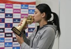 Reactia Cristinei Neagu dupa ce a primit Balonul de Aur din handbal