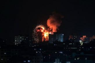 Reactia Hamas dupa uciderea unor comandanti ai gruparii si doborarea unui bloc turn din Gaza. Zeci de rachete trase spre Israel