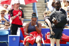 Reactia Serenei Williams, cu lacrimi in ochi, dupa ce a fost nevoita sa abandoneze in finala de la Rogers Cup