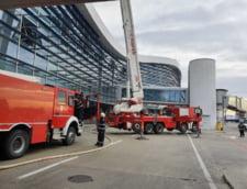 Reactia conducerii Aeroportului Otopeni dupa incendiul de duminica - Nicio mentiune despre criticile martorilor
