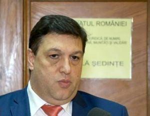 Reactia lui Serban Nicolae dupa ce Dragnea i-a cerut sa-si retraga amendamentele: Sunt dispus oricand, dar le zic invitatilor ca au venit degeaba?