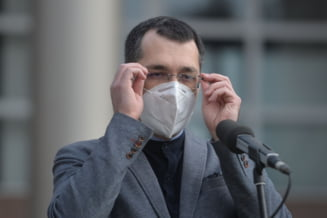 """Reactia lui Vlad Voiculescu in scandalul vaccinarii: """"Nu am semnat vreodata pentru prioritizarea la vaccinare a vreunei familii al vreunui angajat al statului"""""""