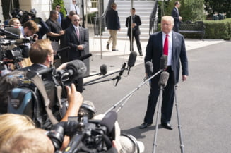 Reactie furibunda a lui Trump, dupa ce s-a aflat ca unul din consilierii lui colaboreaza cu FBI: Presa este inamicul poporului
