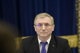 Reactii de la Opozitie, dupa cererea de revocare a lui Lazar: Crima organizata ramane la planul initial