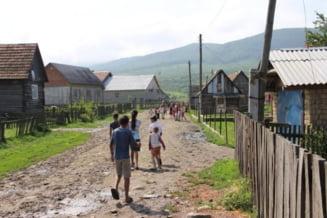 Realitatea satelor din judetul Iasi. Mai multe comune inca nu au acces la gaz si curent electric