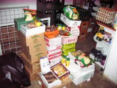Record la vanzarea de produse expirate intr-un magazin din Simeria