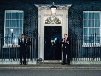 Recunostinta pentru medici si in UK: Salvatorii au fost aplaudati minute in sir de britanici, in frunte cu Boris Johnson (Video)