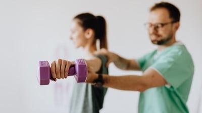 Recuperarea dupa o accidentare: sfaturi pentru fizic si psihic