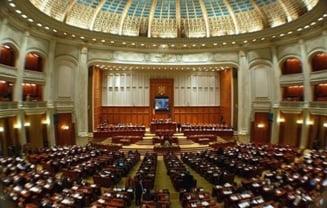 Reducerea CAS cu 5%, adoptata in Parlament