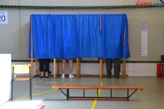 Referendumul cerut de Iohannis, avizat favorabil in Parlament