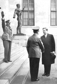 Regele Mihai, despre masa cu Hitler si de ce nu il va ierta pe Churchill - reportaj El Pais