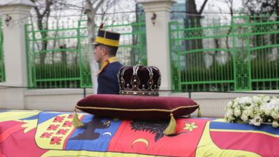 Regele Mihai a fost inmormantat. Zeci de mii de oameni si-au luat ramas bun de la el - vezi filmul unei zile emotionante (Foto & Video)
