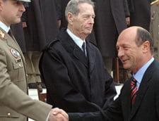 Regele Mihai si Traian Basescu, invitati la Alba Iulia, de Ziua Nationala