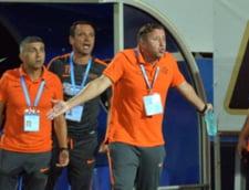 Reghecampf, criticat dur de un oficial al FRF - e acuzat ca a pierdut de unul singur meciul cu Manchester City