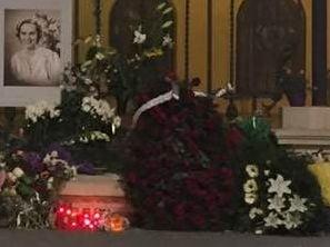 Regina Ana, inmormantata si de preoti ortodocsi si de catolici. Ce spune Patriarhia