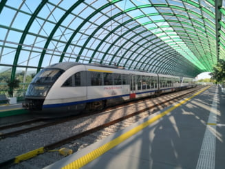 "Regio Calatori se retrage de pe ruta Gara de Nord-Aeroportul Otopeni. ""Daca nu au metrou, nimeni nu merge cu bagajul la gara sa urce apoi in tren"""