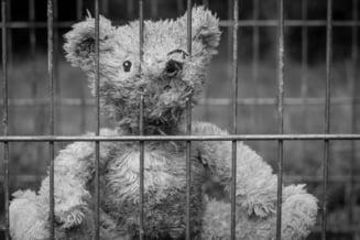 Registru al pedofililor in Ungaria. Pedepsele pentru pradatorii sexuali au fost inasprite considerabil: 20 de ani de inchisoare