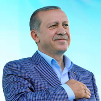 Relatiile Turcia - NATO raman tensionate. Erdogan a respins scuzele NATO, Stoltenberg l-a sunat
