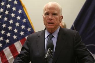Relatiile senatorului John McCain cu Romania: Aprecieri pentru aderarea la NATO si sustinere pentru lupta anticoruptie