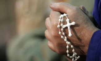 Religia, foarte importanta pentru 80 la suta dintre romani - studiu