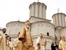 Religia in scoli: Valorile si simbolurile religioase ortodoxe, respectate obligatoriu