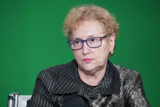 Renate Weber a fost revocata oficial din functia de Avocat al Poporului. PSD va ataca la CCR decizia Legislativului