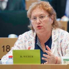 """Renate Weber si legea impozitarii pensiilor de serviciu, atacata la CCR: """"Fie ca este militar, magistrat sau profesor pensionar, trebuie sa plateasca acelasi impozit"""""""