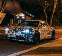 Renault pregateste lansarea unui model super sport: Foto spion cu noul Alpine A120