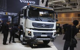 Renault vinde participatia detinuta la Volvo pentru a-si reduce datoria