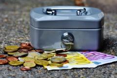 Reorganizarea ANAF inseamna ca va pierde 52 de milioane de euro de la Banca Mondiala. Si trebuie sa mai dea si multi bani inapoi