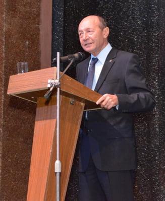 Replici taioase la Senat intre Traian Basescu si vicepremierul Paul Stanescu