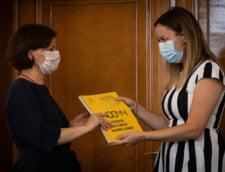 Reprezentantii a 21 de asociatii civice s-au intalnit cu Gabriela Scutea si i-au cerut redeschiderea dosarului 10 august. Semnele de intrebare din ordonanta de clasare DIICOT