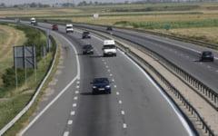 Restrictii. Viteza pe A2, limitata la 60 km/h din cauza lucrarilor la carosabil