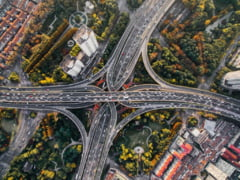 Restrictii de circulatie in Bucuresti. Calea Victoriei si Bulevardul Unirii devin zone pietonale