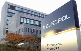 Retea uriasa de exploatare a unor muncitori imigranti moldoveni in Franta, destructurata de Europol. 38 de persoane au fost arestate
