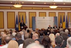 Reuniunea diplomatiei romane: Oprescu promite pachete culturale, Tariceanu nu vrea sa toleram Rusia (Video)