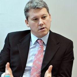 Revenire surpriza pe scena politica: Catalin Predoiu s-a inscris in PDL