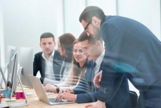 """Revenirea la birou - marele test pentru angajati si angajatori. Specialisti: """"Ideal ar fi sa se faca gradual, temporizat, pentru a nu deveni o corvoada"""""""