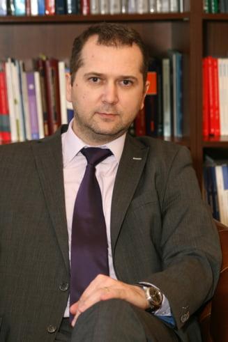 Revizuirea Constitutiei - putem ajunge toti anchetati! - Interviu cu prof. Stefan Deaconu
