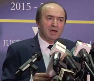 Revocarea lui Kovesi: Vlad Voiculescu - Ultima data cand un individ a vorbit asa in Bucuresti... s-a lasat cu o revolutie