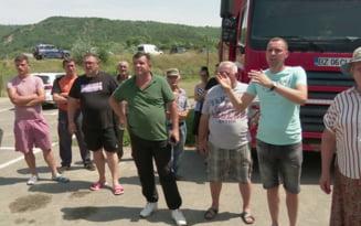 Revolta in mai multe sate din Buzau din cauza crizei de apa potabila VIDEO