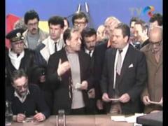 Revolutia din 1989. 24 decembrie, ziua in care Ion Iliescu transmite comunicate catre tara. Primele colinde la TVR, dupa 40 de ani