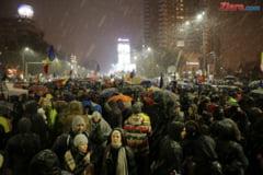 Revolutia generatiei noastre: 80.000 de oameni au indurat frigul si ninsoarea ca sa spuna Va vedem! (Galerie foto & Video)