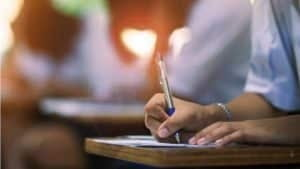 "Rezultate Bacalaureat 2020 In Alba Iulia au fost 3 elevi cu media 10 ,,curat"". Acestia provin de la Colegiul National ,,Horea, Closca si Crisan"" si de la Colegiul Militar"