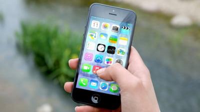 Rezultatele surprinzatoare ale unui nou studiu: Ce impact au de fapt smartphone-urile asupra tinerilor