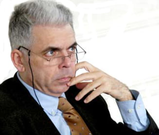 Ridicarea imunitatii lui Adrian Severin, discutata luni in Parlamentul European