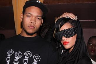 Rihanna a facut un cadou de 150.000 de dolari