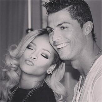 Rihanna insinueaza ca fotbalistul Cristiano Ronaldo este homosexual