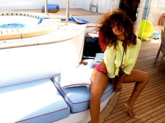 Rihanna se plange ca barbatii sunt speriati de ea